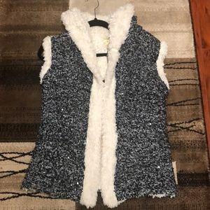 Women's puffer sweater vest